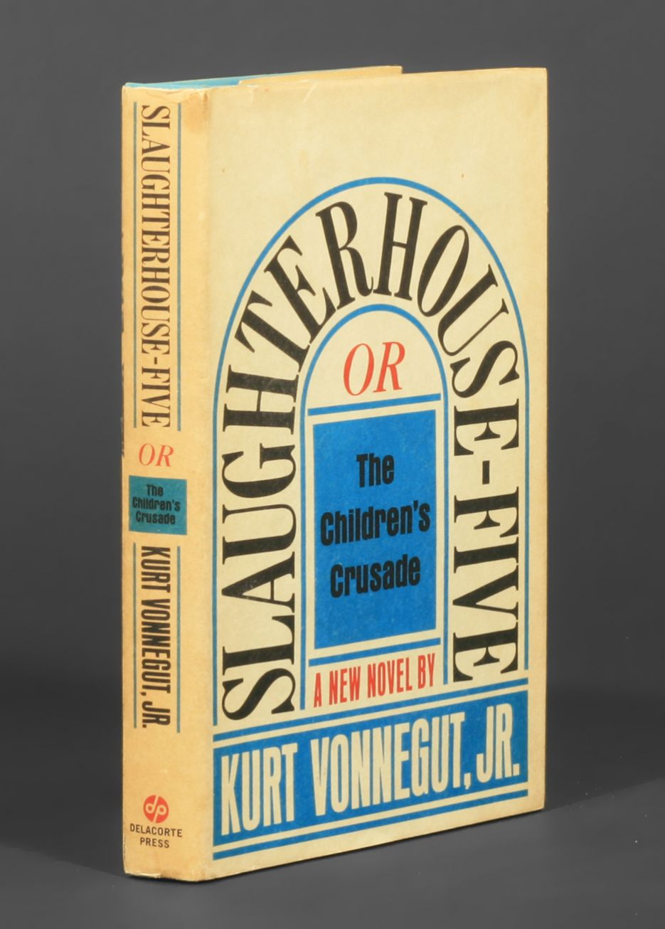 an analysis of slaughterhouse five A comprehensive book analysis of slaughterhouse-five by kurt vonnegut from the novelguide, including: a complete summary, a biography of the author, character.